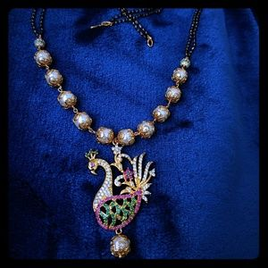 Jewelry - Gorgeous peacock necklace